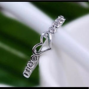 925 Silver Heart White Sapphire Ring